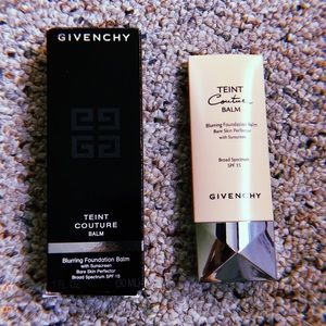 🆕Givenchy Teint Couture Blurring Foundation SPF💎